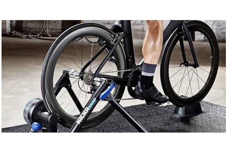 vélo-stationnaire-bienfaits-vélo-stationnaire-en-classe-vélo-stationnaire-calories-brulees-vélo-stationnaire-pliable-vélo-stationnaire-en-salle